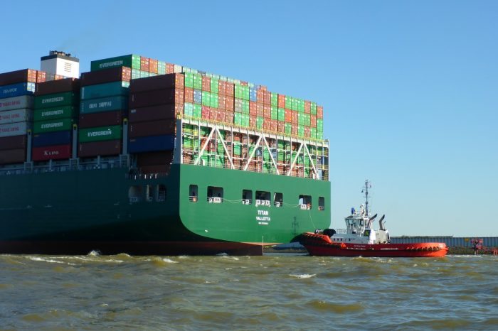 Careers To Consider In The Shipping Industry