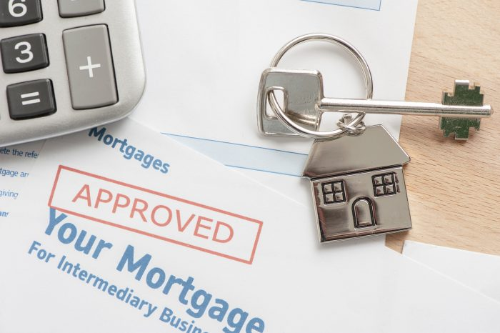Top 6 Factors to Consider When Applying for Home Mortgages