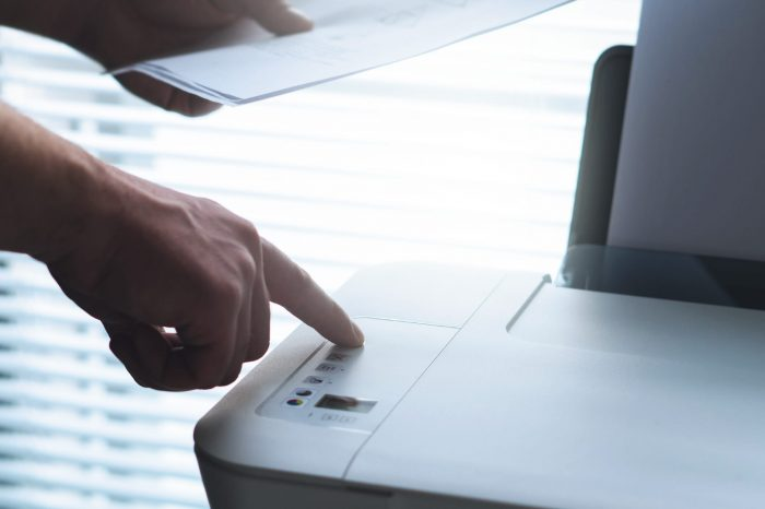 How to Compare Laser Printer Prices to Inkjet Printers
