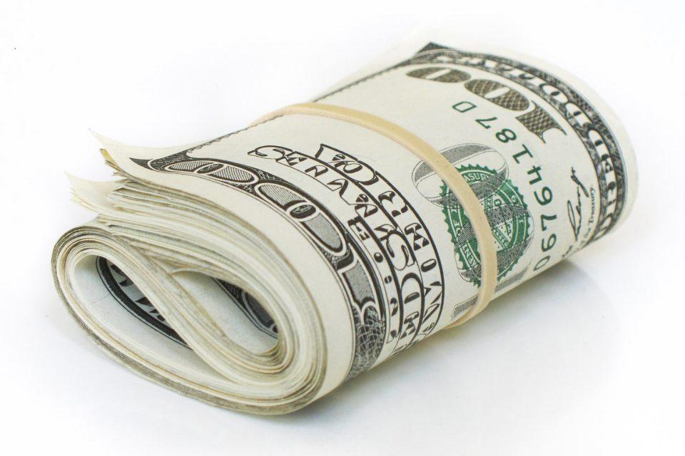 Internet-Savvy Entrepreneurs' Secrets to Keep Earning Money Online